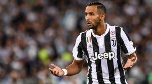 Benatia Accusato Online da un Tifoso della Fiorentina - Il Giocatore Risponde con i Numeri.